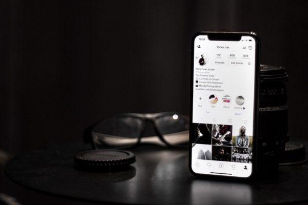 Instagram přidal do Stories pohyblivé gify a umožní nahrát libovolně velké fotky