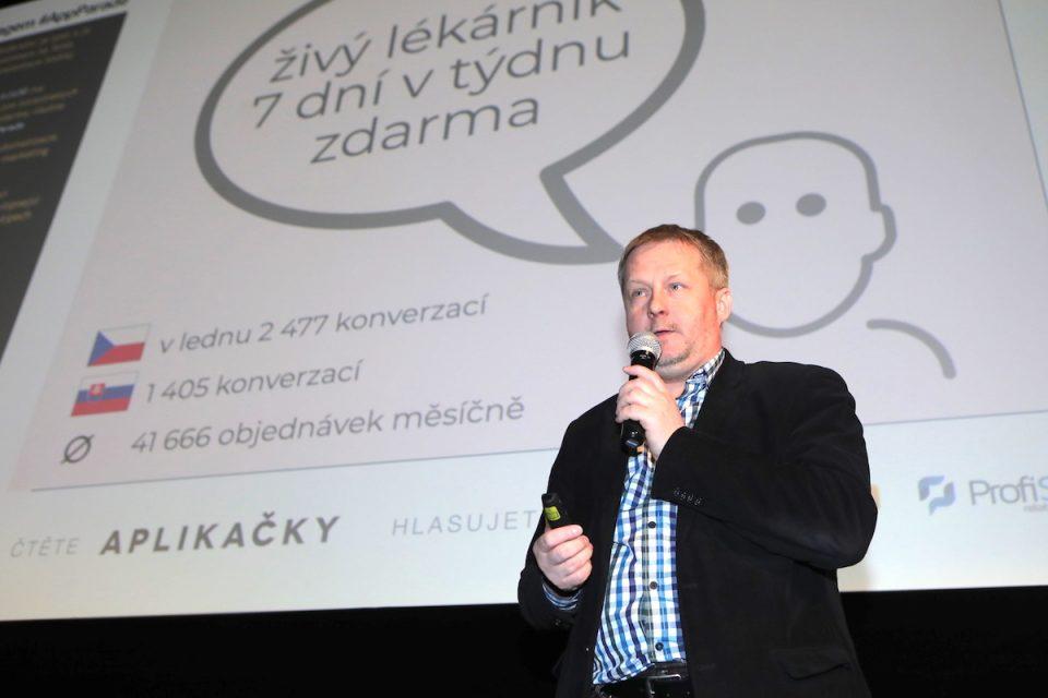 """""""Nonstop živý chat s lékárníkem."""" Apka Lékárna.cz má i léky na předpis"""