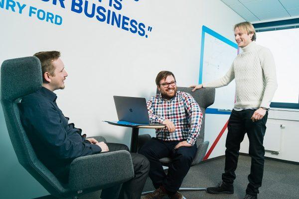 eMan po dvou letech kupuje zpět většinový podíl Jablotronu