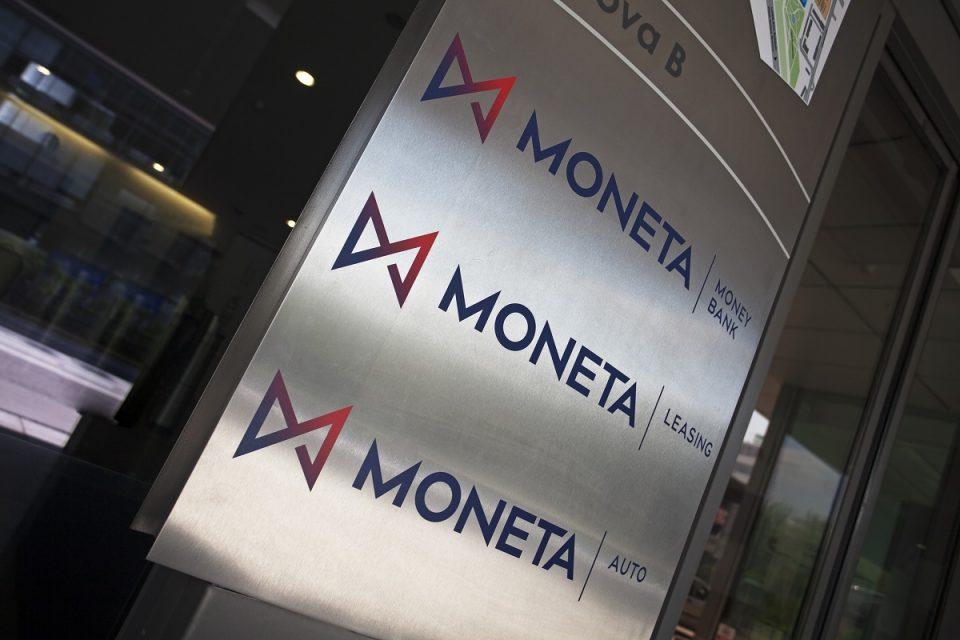 Moneta redesignuje svou aplikaci. Nabízí i nové funkce jako založení kreditní karty či platbu faktur z mobilu