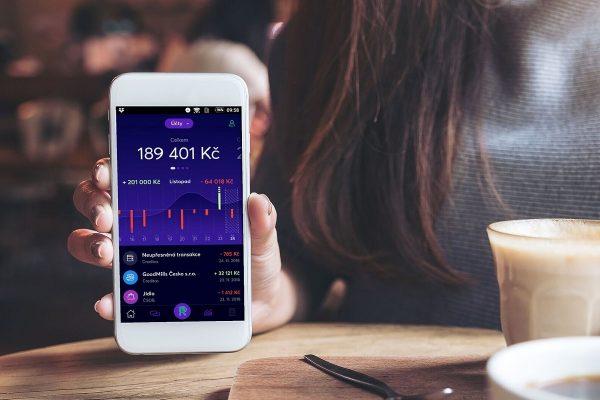 Creditas má první českou multibankovní aplikaci: Richee propojí účty šesti bank